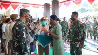 Photo of Kunjungan Kerja Ke Balikpapan, Kasad Jendral TNI Andika Perkasa di Dampingi Ibu Hetty Andika Perkasa Kunjungi RS. Dr. R. Hardjanto Balikpapan