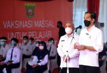Photo of Presiden Joko Widodo Tinjau Langsung Pelaksanaan Vaksinasi Pelajar di Kota Samarinda