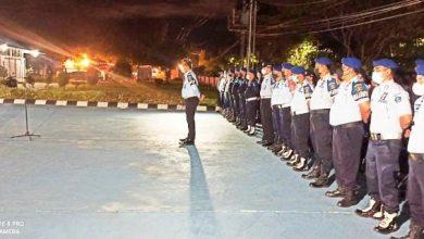 Photo of Lapas Kelas IIA Balikpapan Lakukan Aksi Zero Handphone Dengan Merazia Kamar Hunian Tahanan